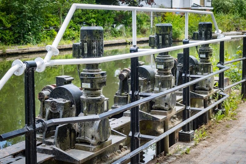 Vertical pump motor for repair example