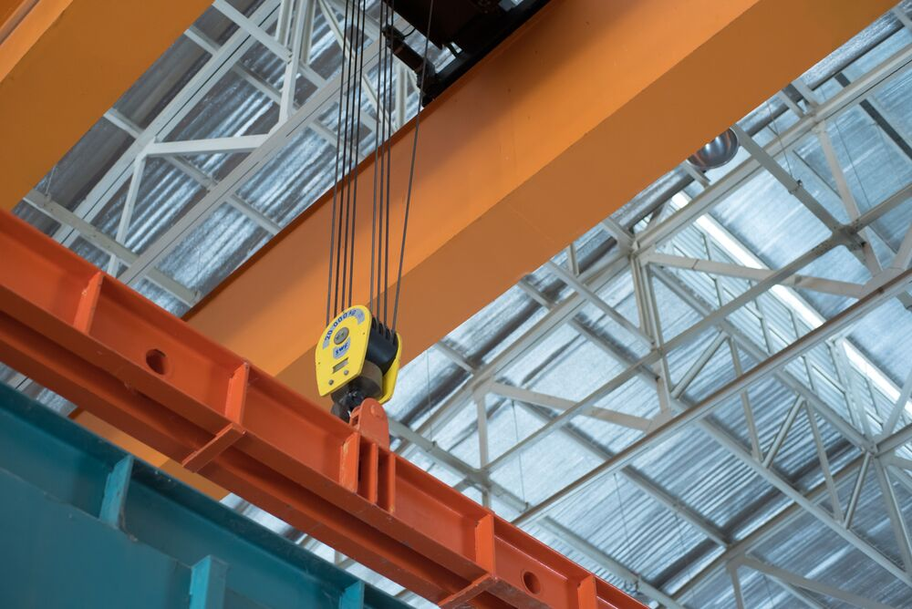Example of a top running overhead crane inspection